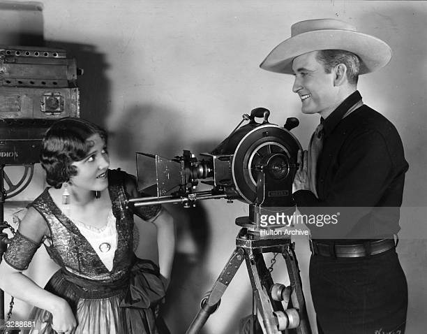 Tim McCoy, the MGM film actor, meets his new leading lady Sylvia Beecher.