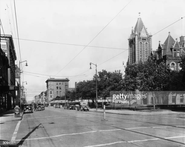 11th Avenue, Regina, Saskatchewan, Canada with the City Hall on the right.
