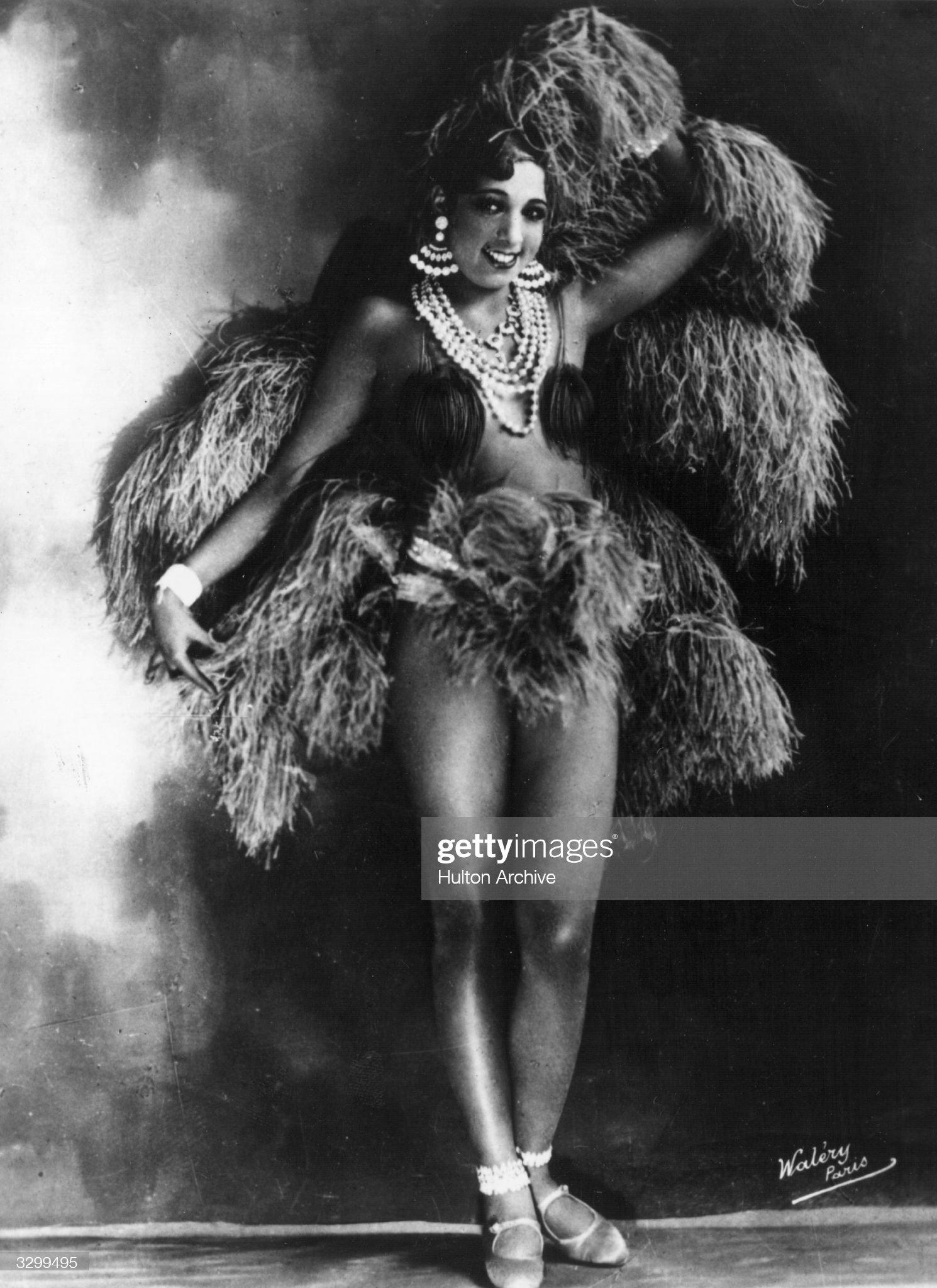 Ca s'est passé en mai ! Circa-1930-american-singer-and-exotic-dancer-josephine-baker-of-the-picture-id3299495?s=2048x2048