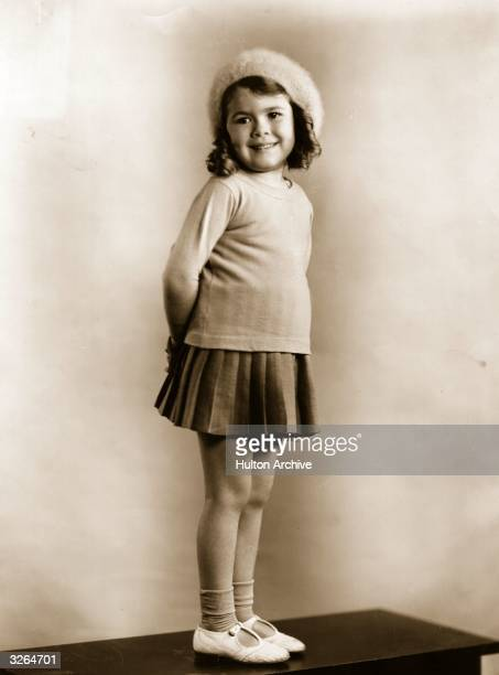 Dorothy De Barba the American child actress who starred in the Our Gang comedies just after she signed a five year contract with producer Hal Roach