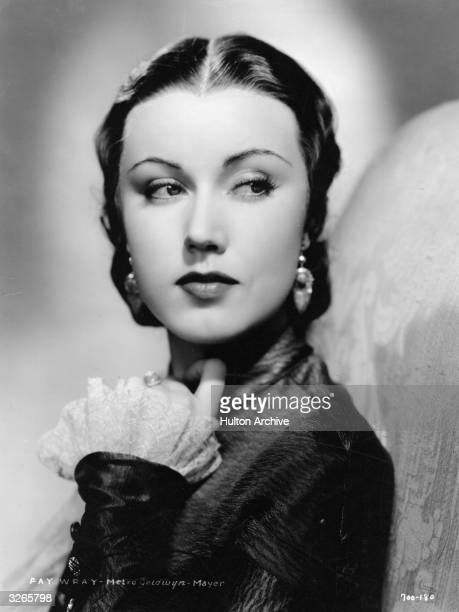 Fay Wray the American actress who starred in 'King Kong' in 1933 after playing the lead in Erich von Stroheim's 'The Wedding March' in 1928 and...