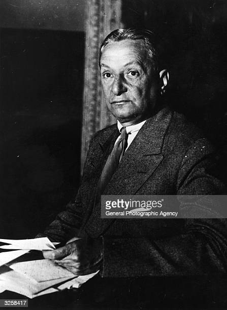 Florenz Ziegfeld Jr American theatrical producer noted for his series of extravagant revues known as the Ziegfeld Follies testifying at the Theatre...