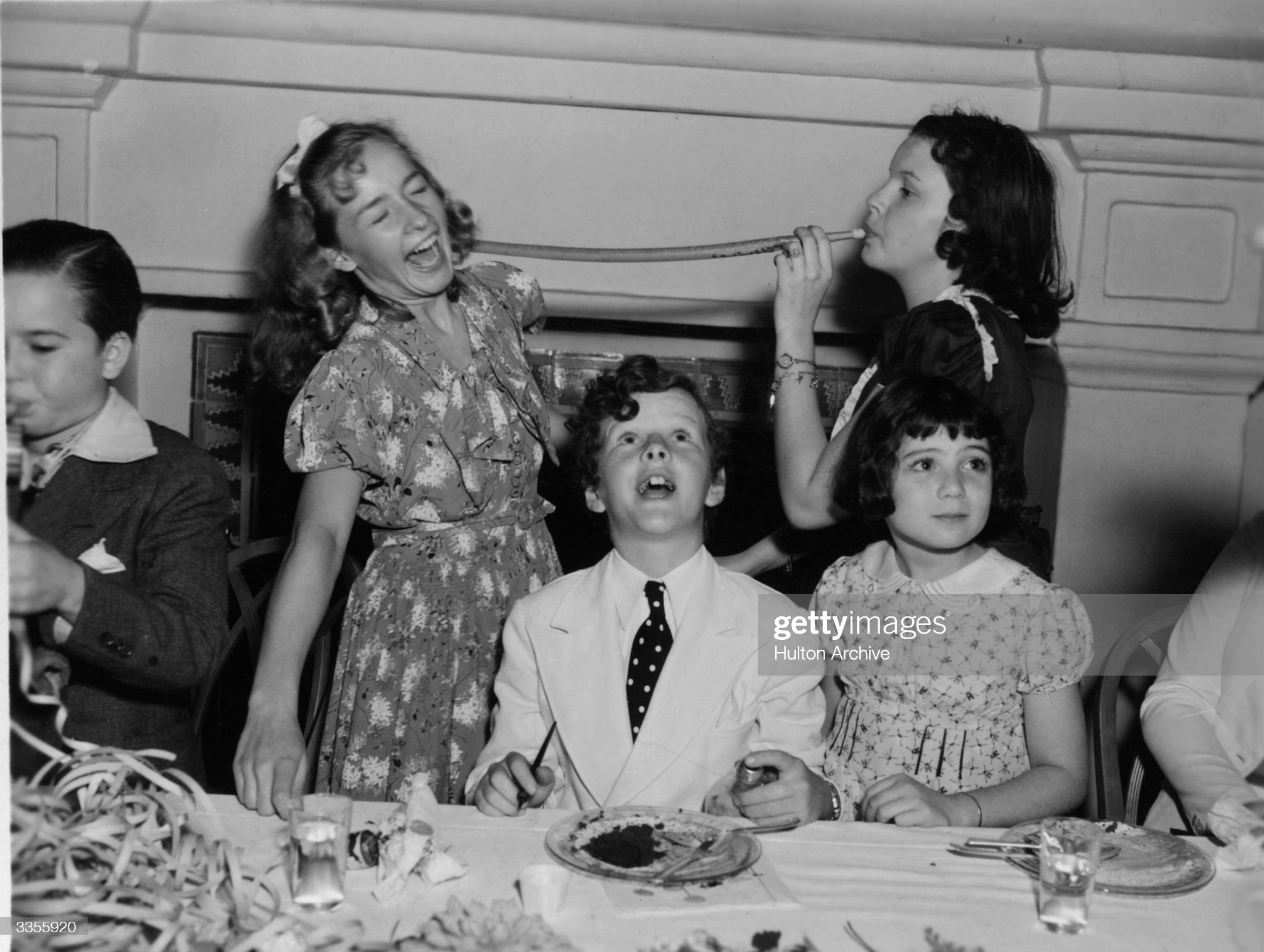circa-1931-child-actors-at-a-tea-party-f