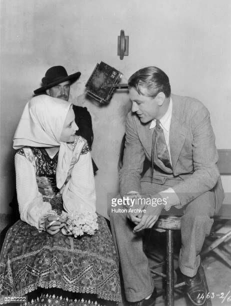 Dorothy Wieck Evelyn Venable Sir Guy Standing Louise Dresser Kent Taylor Gertrude Mitchell star in the film 'Cradle Song' Title Cradle Song Studio...