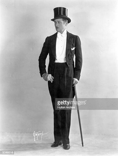 Edmund Lowe the Hollywood film star signed by Fox Films appeared in the film 'Dressed to Kill'