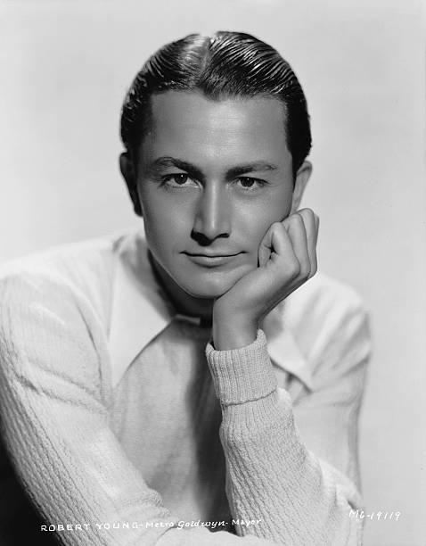 circa-1935-american-actor-robert-young-p