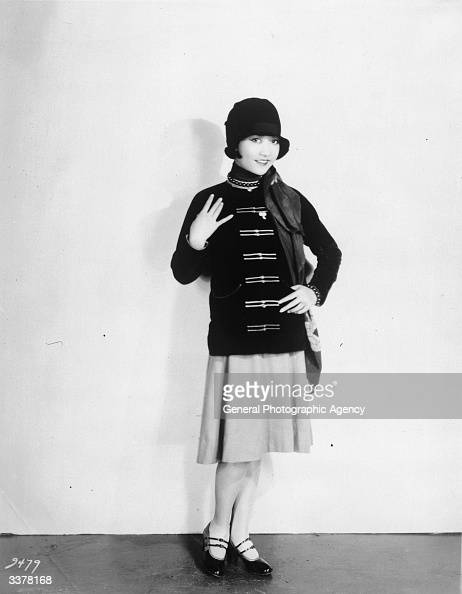 American-Chinese actress Anna May Wong wearing a cloche hat and... News  Photo - Getty Images