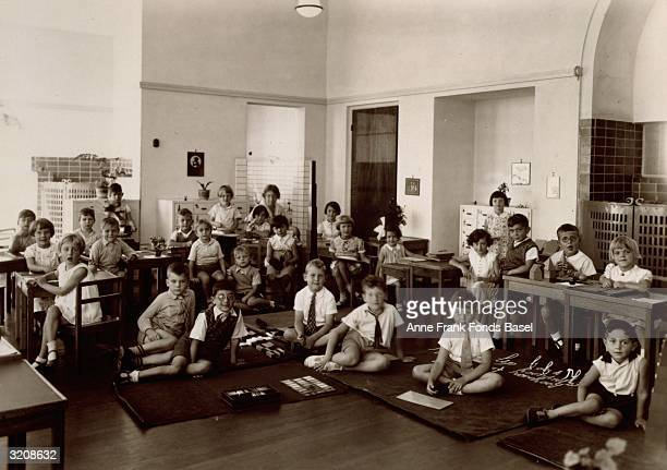 EXCLUSIVE A portrait of Anne Frank's Montessori school class with Anne Frank sitting in the back in front of the teacher Mrs Baldal Amsterdam the...