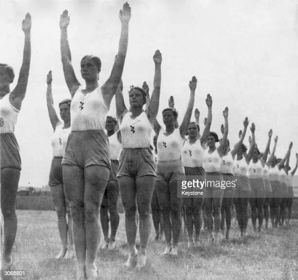 Members of the Nazi German Women's Youth movement