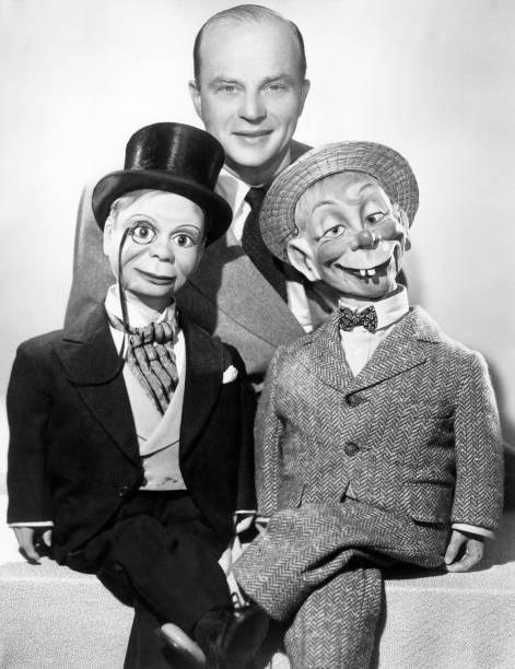 circa-1935-portrait-of-american-ventrilo