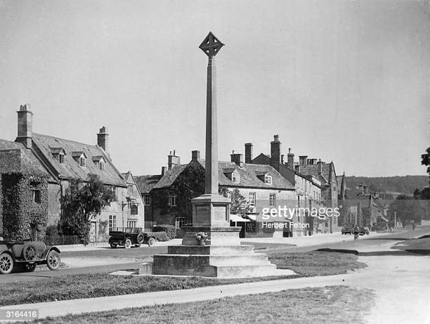 The war memorial in the middle of the Worcestershire village of Broadway