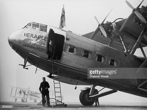 The Imperial Airways Handley Page place Heracles on the runway at Croydon Aerodome.