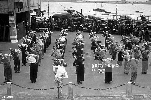 In order to dispel any feelings of boredom various entertainments were organised for ARP workers these included daily physical jerks on the dockside