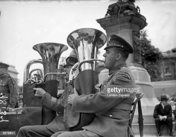 Grenadier Guards playing tubas
