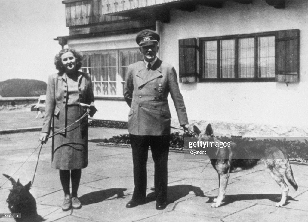 Hitler And Eva : News Photo