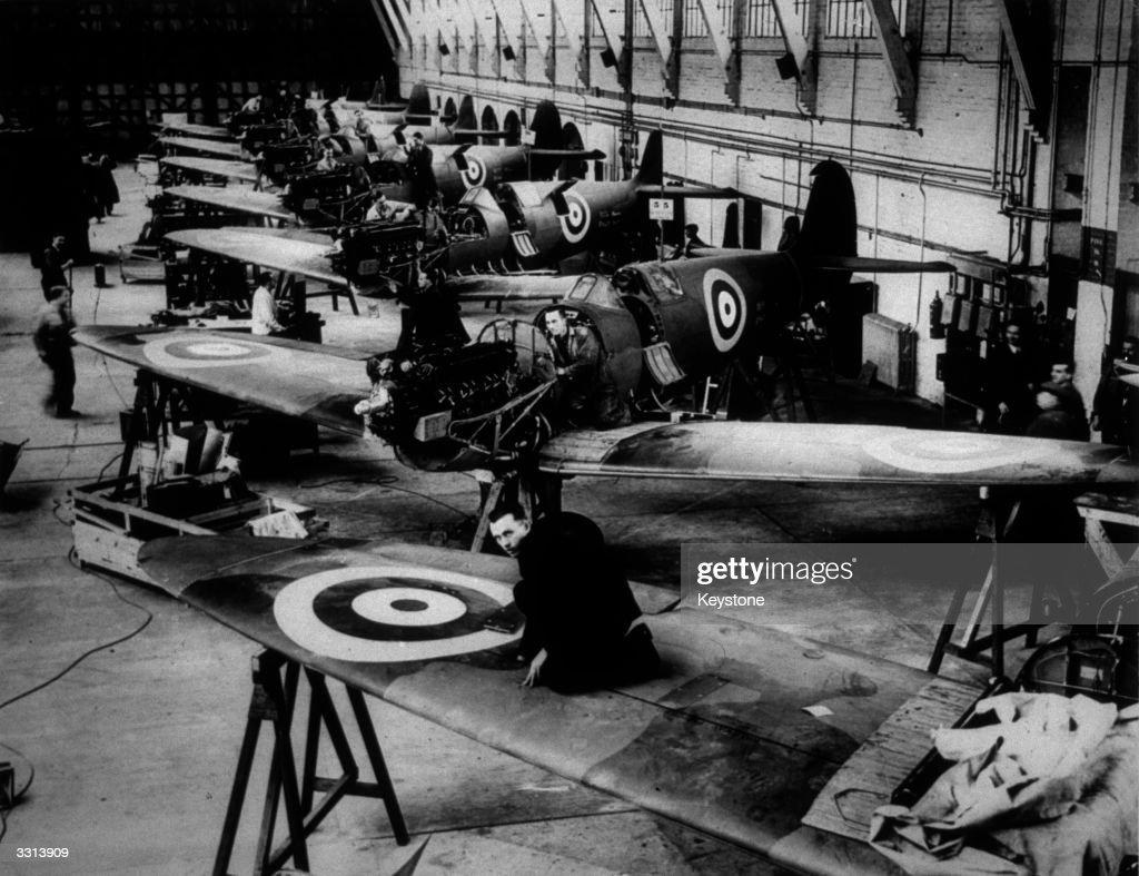 Making Spitfires : News Photo