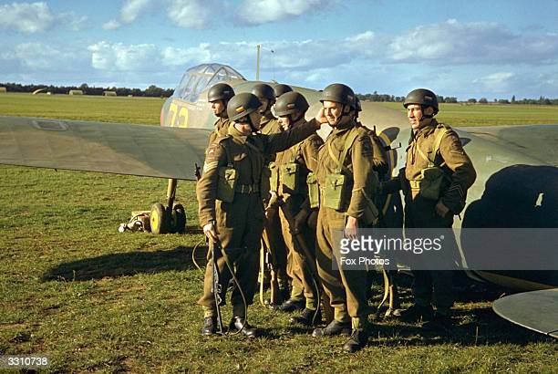 Troops from an airborne regiment of the British Army