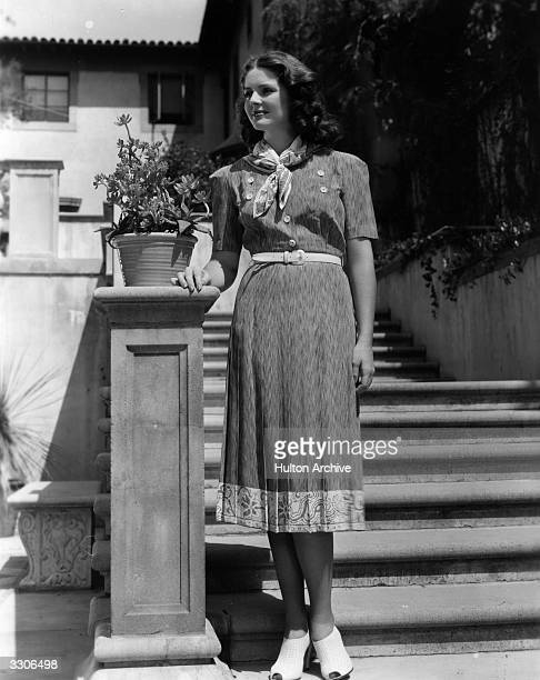 Arleen Whelan the American leading lady of the 40's who was formerly a manicurist is pictured standing at the bottom of a flight of stone steps