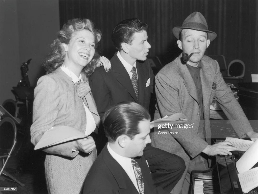 Bing, Frank And Dinah : News Photo