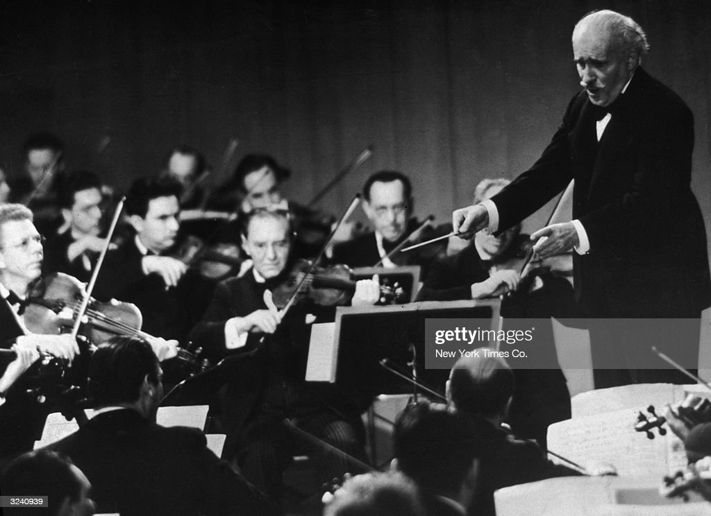 Arturo And Orchestra : News Photo