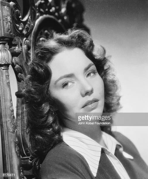 American actress Jennifer Jones who won the 1944 Best Actress Oscar for her role in 'The Song of Bernadette'
