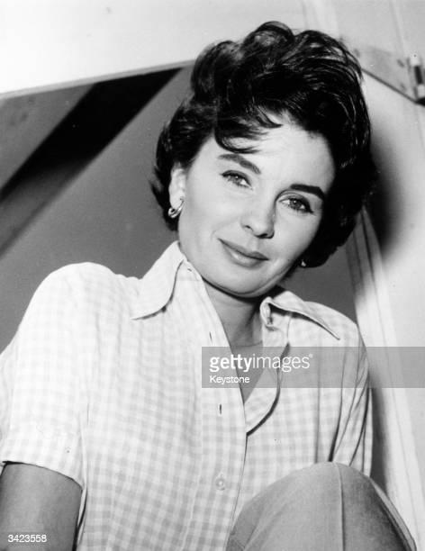 British actress Jean Simmons at home