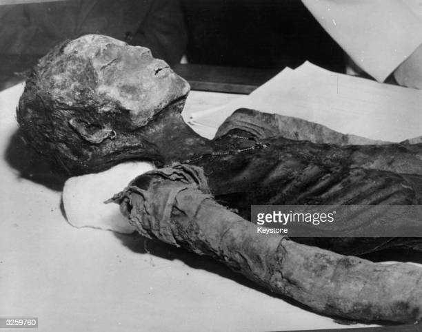 The mummified body of a young girl who lived approximately 1860 years ago was found during excavations in Rome