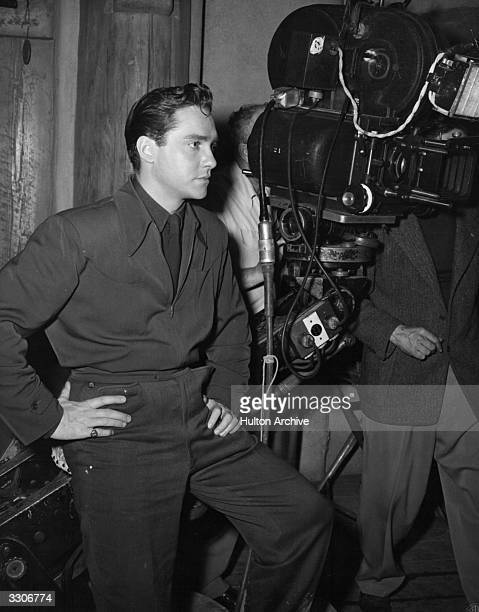 Richard Todd the British leading man worked in repertory from 1937 until he was talent spotted and given a break in Hollywood He is on a Hollywood...