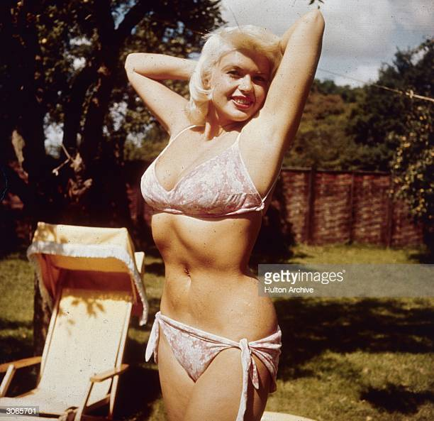 Curvaceous Hollywood film star Jayne Mansfield formerly Vera Jane Palmer She had a short career as a kind of living parody of Marilyn Monroe in films...