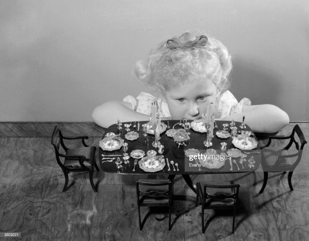 Miniature Party : News Photo