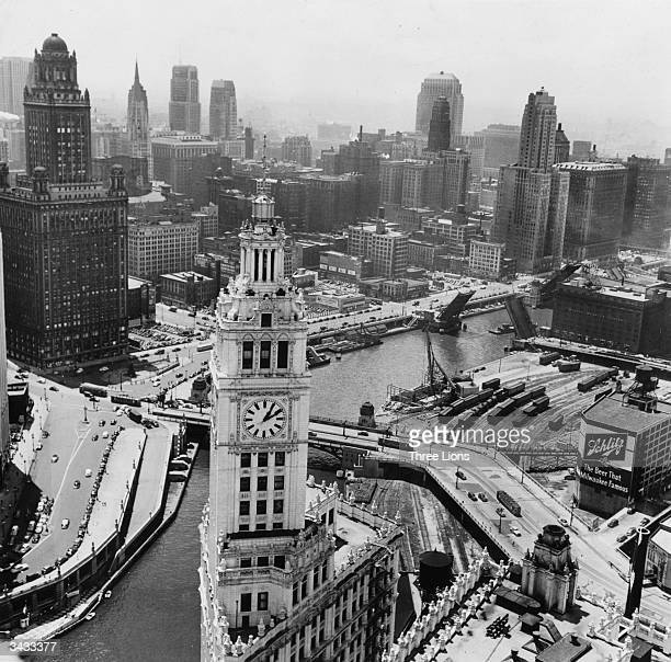 Chicago River dividing the city of Chicago Illinois The Wrigley Building is in the foreground