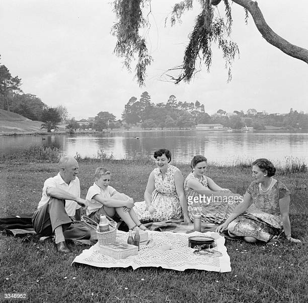 Snow Walter and family enjoying a picnic on the banks of Lake Rotorea Hamilton