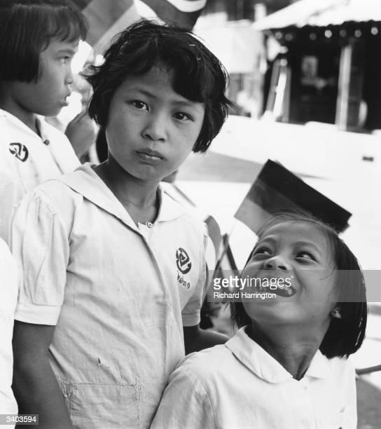 Young Thai schoolgirls from Chengmai