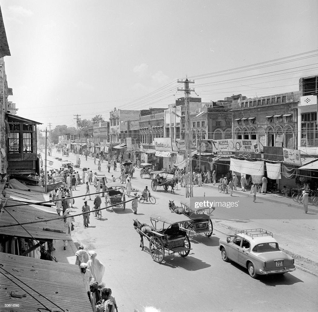 Rawalpindi Streets: A Street In Rawalpindi, Punjab Province, Northern Pakistan