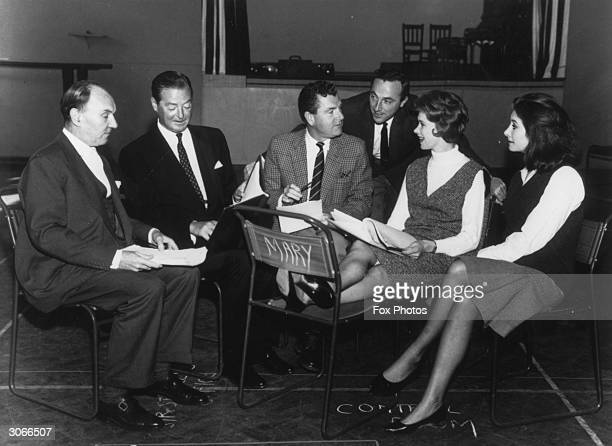 British actor Ralph Richardson with playwright Terence Rattigan actor Kenneth More and actresses Wendy Craig and Jean Marsh