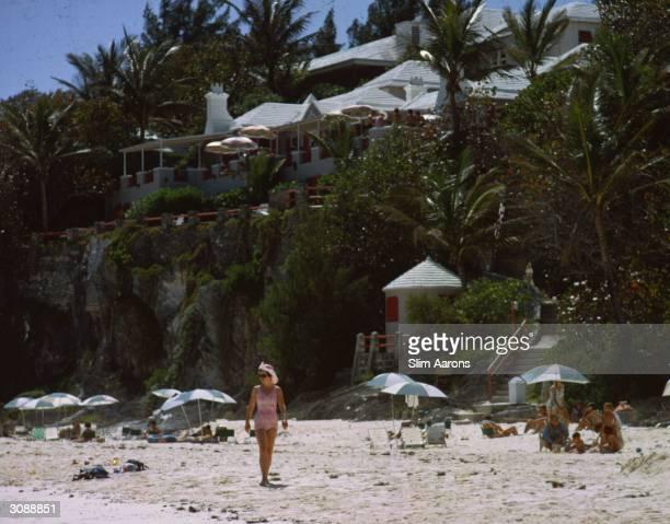 Guests enjoying the beach at the Coral Beach Club Bermuda A Wonderful Time Slim Aarons