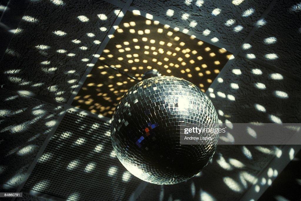 Photo of DISCO and MIRROR BALL : News Photo