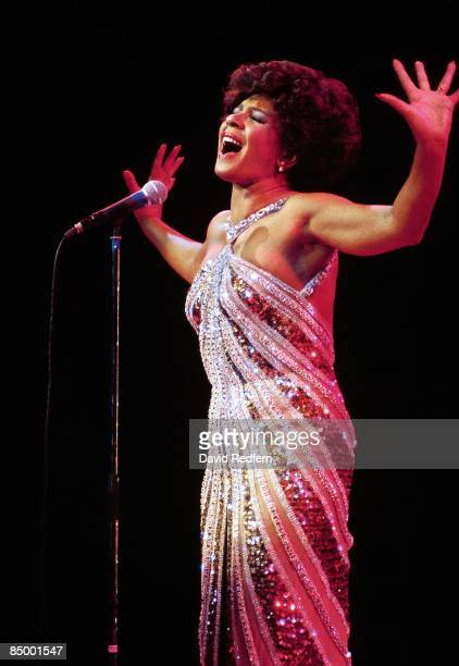 UNSPECIFIED circa 1970 Photo of Shirley BASSEY