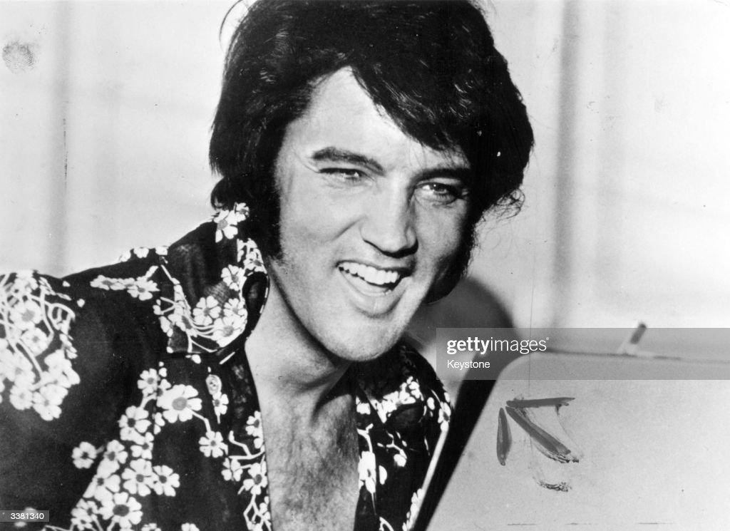 Laughing Elvis : Nachrichtenfoto