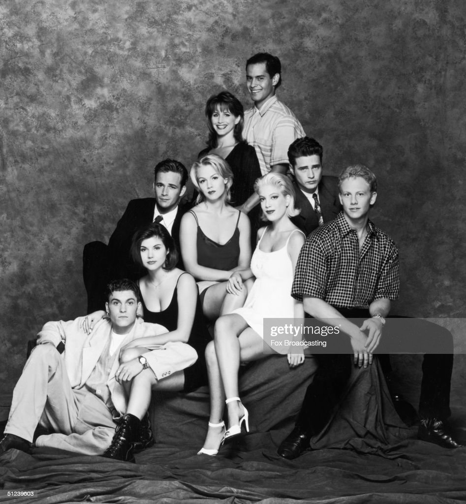 Circa 1995, Studio portrait of the cast of the television series, 'Beverly Hills, 90210' 1990s. Clockwise from bottom left: Brian Austin Green, Tiffani-Amber Thiessen, Luke Perry, Gabrielle Carteris, Mark Espinoza, Jason Priestley, Ian Ziering, Tori Spelling and Jennie Garth.