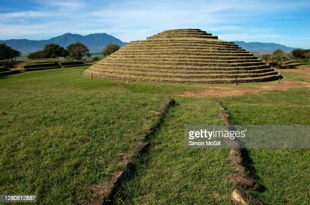 circle 2 (la iguana), los guachimontones, teuchitlán, mexico - jalisco fotografías e imágenes de stock