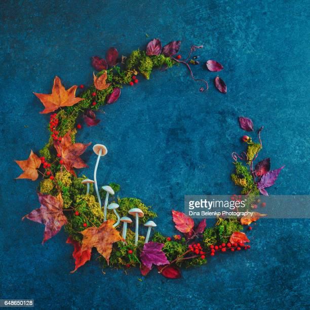 Circle of Seasons flatlay: Autumn wreath