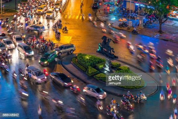 Circulation by private vehicles in Ho Chi Minh city rush hours