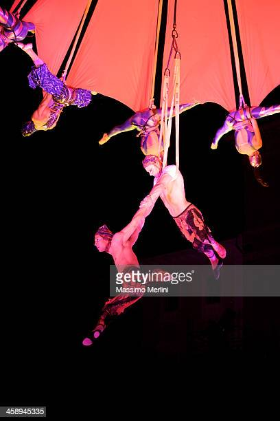 circus artists - trapeze artist stock photos and pictures