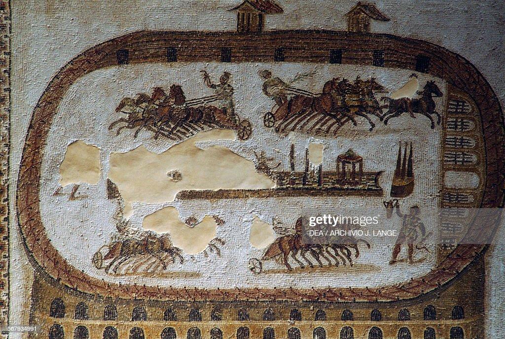 Circus of Carthage, mosaic from Carthage... : Nachrichtenfoto