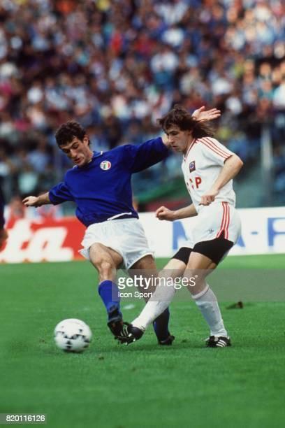 Ciro FERRARA / ALEKSANDR MOSTOVOI Italie / URSS Qualification pour l'Euro 1992 Rome Stadio Olimpico