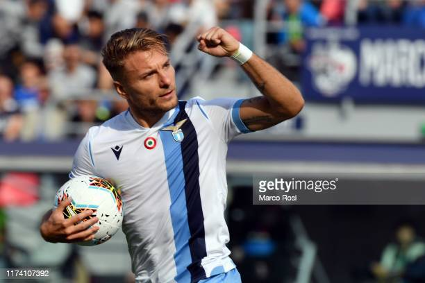 Ciro Immobile of SS Lazio celebrates a frist goal during the Serie A match between Bologna FC and SS Lazio at Stadio Renato Dall'Ara on October 6...