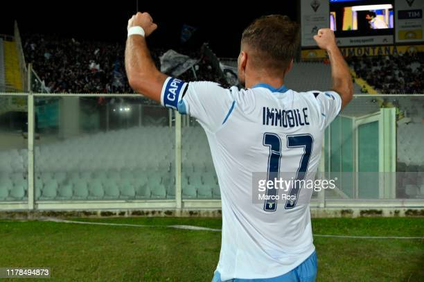 Ciro Immobile of SS Lazio celebrates a second goal during the Serie A match between ACF Fiorentina and SS Lazio at Stadio Artemio Franchi on October...