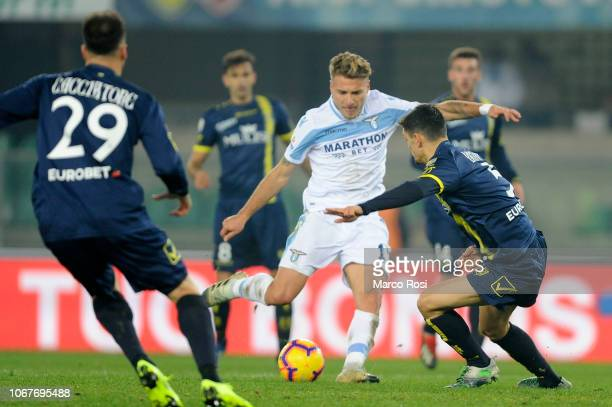Ciro Immobile of SS Lazio scores the first goal during the Serie A match between Chievo Verona and SS Lazio at Stadio Marc'Antonio Bentegodi on...