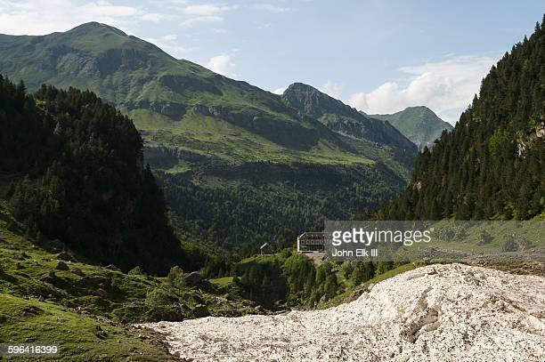 Cirque de Gavarnie landscape